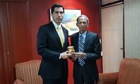 Vietnam y Paraguay fomentan la cooperación comercial