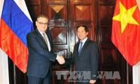 Vietnam y Rusia sostienen diálogo estratégico y consulta política
