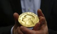 Otorgan los premios de Nobel 2017 en Suecia y Noruega