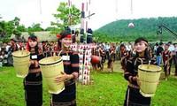 Menjaga seni menganyam keranjang gendongan dari warga etnis minoritas Chu –ru