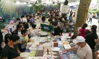 2017 Autumn Book Festival opens