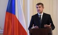 Czech cabinet backs referendum bill to safeguard against Czexit