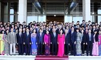 Vietnam conmemora 55 años del sector petrolero