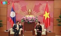 Vietnam y Laos consolidan cooperación parlamentaria