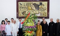 Siguen dinámicas actividades por el aniversario 2561 de la iluminación del Buda en región central
