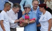 Celebran en Colombia el fin del desarme de la principal guerrilla