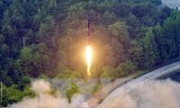 Dirigentes de Estados Unidos, China y Japón debaten la cuestión nuclear de Corea del Norte