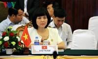 Vietnam activo en la contribución al desarrollo de la sexta economía del mundo