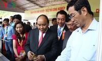 Primer ministro orienta el desarrollo de la provincia sureña de Vinh Long