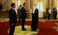 Presidente de Vietnam recibe a nuevos embajadores de UAE, Mozambique y Corea del Sur