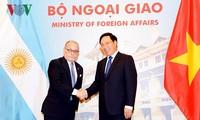 Vietnam y Argentina realizan conversación a nivel de canciller