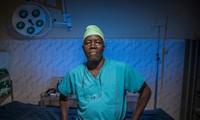 La ONU entrega el premio Nansen a un médico de Sudán del Sur
