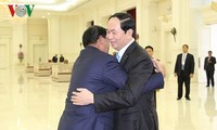 Jefe de Ejecutivo de Camboya visita Vietnam para homenajear al desaparecido presidente Tran Dai Quang