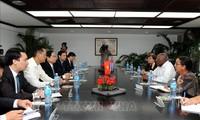 Dirigentes de Cuba aprecian potencialidades de cooperación con Vietnam