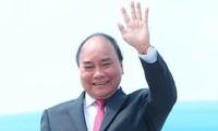 Jefe de Ejecutivo de Vietnam participa en la primera feria de importación de China