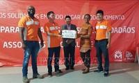 Empresa vietnamita Movitel en Mozambique entrega ayuda humanitaria a víctimas del huracán Idai