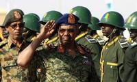 El ministro de Defensa jura cargo de presidente del Consejo Militar de Transición de Sudán