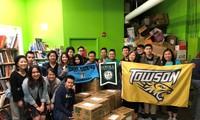 Jóvenes vietnamitas en Estados Unidos incentivan la lectura en inglés de pequeños connacionales