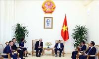 Primer ministro de Vietnam recibe al vicepresidente de la Cámara de Diputados de la República Checa