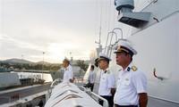 Fragata de Vietnam participa en desfile naval por el Día de la Armada de Rusia