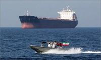 Irán acusa al buque petrolero británico de violar derecho marítimo internacional