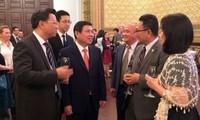 Ciudad Ho Chi Minh aprecia las contribuciones de las agencias representativas foráneas