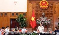 Primer ministro vietnamita trabaja con las autoridades de Quang Ngai