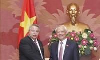 Vietnam y Cuba fortalecen nexos