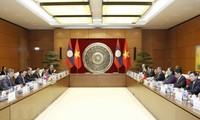 Vietnam y Laos estrechan relaciones parlamentarias