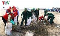 """Lanzan campaña """"Limpiemos el mar"""""""