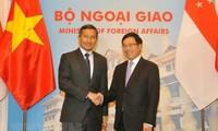 Vietnam y Singapur fortalecen relaciones