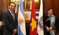 Ciudad Ho Chi Minh y Buenos Aires fortalecen vínculos