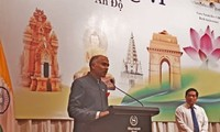 Celebran en Hanói el Día de la Independencia de la India