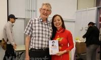 Publican nuevo libro sobre Presidente Ho Chi Minh en Canadá
