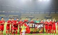 Primer ministro de Vietnam valora esfuerzos del equipo olímpico de fútbol