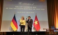 Vietnamitas en Estados Unidos y Alemania celebran Día de la Independencia