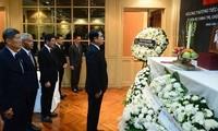 Primer ministro y canciller de Tailandia rinden homenaje al fallecido presidente de Vietnam