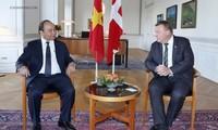 Primer ministro de Vietnam concluye su gira por Europa