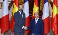 Prensa francesa resalta visita del primer ministro a Vietnam