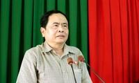 Líder del Frente de la Patria de Vietnam se reúne con electores en Can Tho