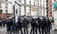 Francia refuerza seguridad en París
