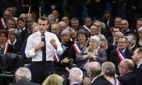Presidente francés llama a sanear al país