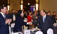 Premier de Vietnam asiste a Foro Económico de Vietnam 2019