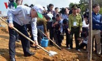 Máximo dirigente político de Vietnam visita provincia de Yen Bai