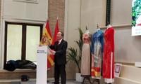 Realizan en España exhibición fotográfica sobre Vietnam