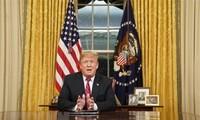 Trump considera la posibilidad de extender la fecha límite para aumentar impuestos sobre productos chinos