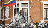 Arrestan a Julian Assange en Reino Unido