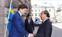 Primer ministro de Vietnam recibido por presidente del Parlamento sueco