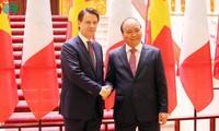 Primer ministro de Italia se reúne con su par vietnamita en visita oficial