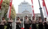 Indonesia: 32 mil agentes de seguridad desplegadas para proteger juicio de supuesto fraude electoral